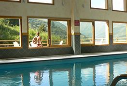 piscine-les-hauts-de-valmeinier-ete_